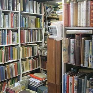 haunted-bookshop4